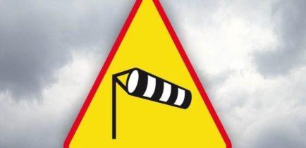 Aktualności - Uwaga! Silny wiatr