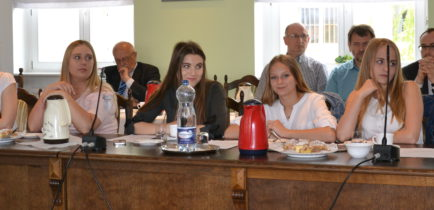 Aktualności - III kadencja Młodzieżowej Rady Miejskiej w Obornikach dobiegła końca