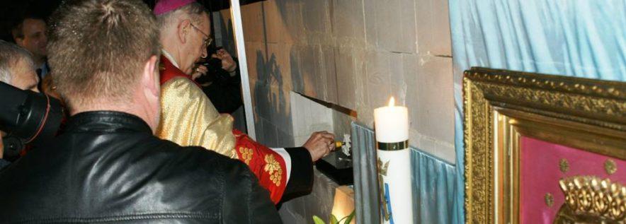 Arcybiskup pobłogosławił budowę kaplicy w Kowanówku