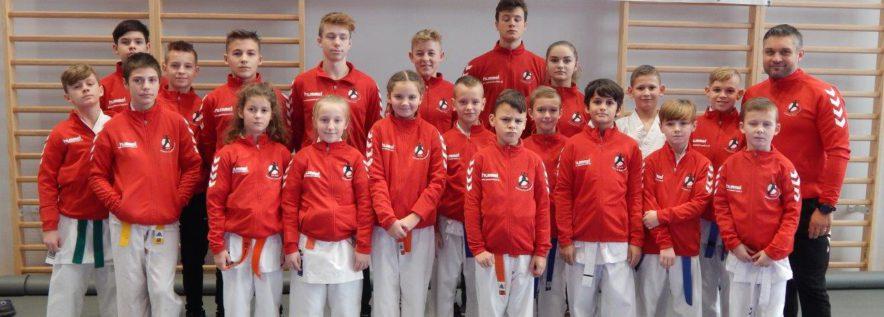 37 medali obornickich karatekó