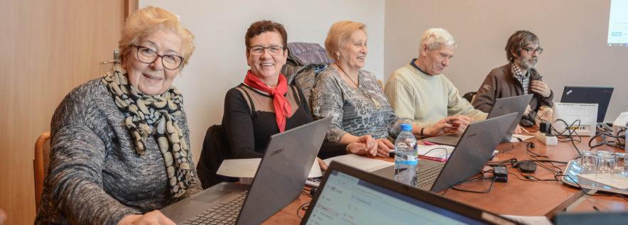Kursy komputerowe dla seniorów