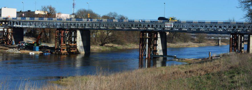 Mostem tymczasowym pojedziemy