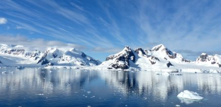 Z Obornik na Antarktydę