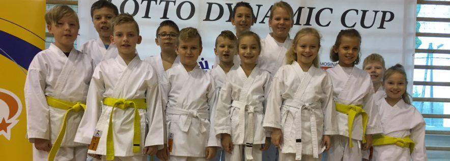 Udany start obornickich karate