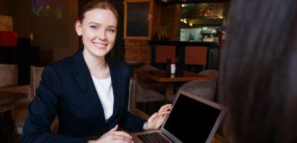 Aktualności - Seniorze! Korzystaj z bankowości internetowej