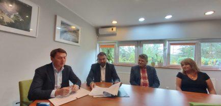 Umowy podpisane – w kolejnych miejscowościach ruszy budowa kanalizacji