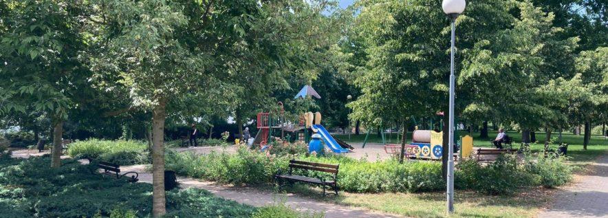 Park przy ulicy Piłsudskiego z